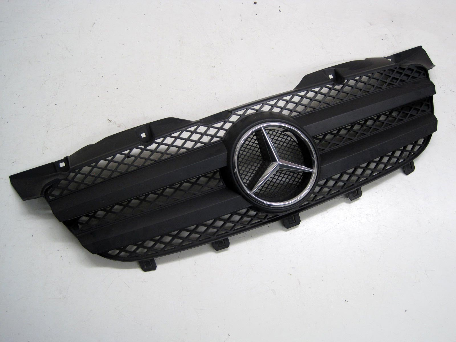 Kühlergrill Mercedes Sprinter W906 A9068800385