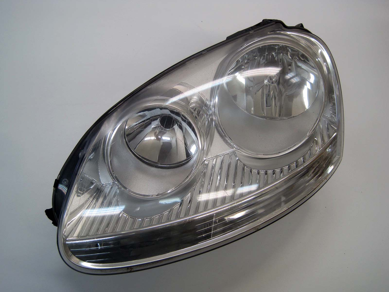 Headlight used 1K6941005N