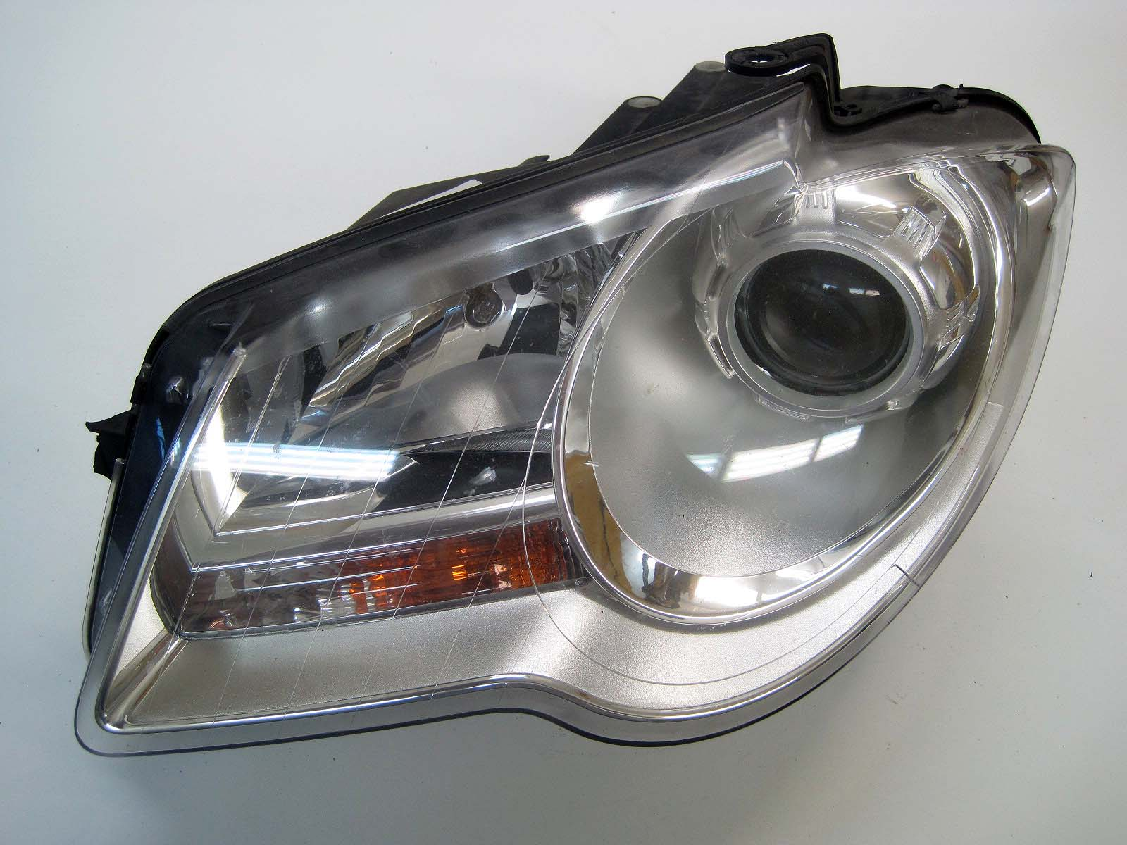 Headlight used 1T1941005B
