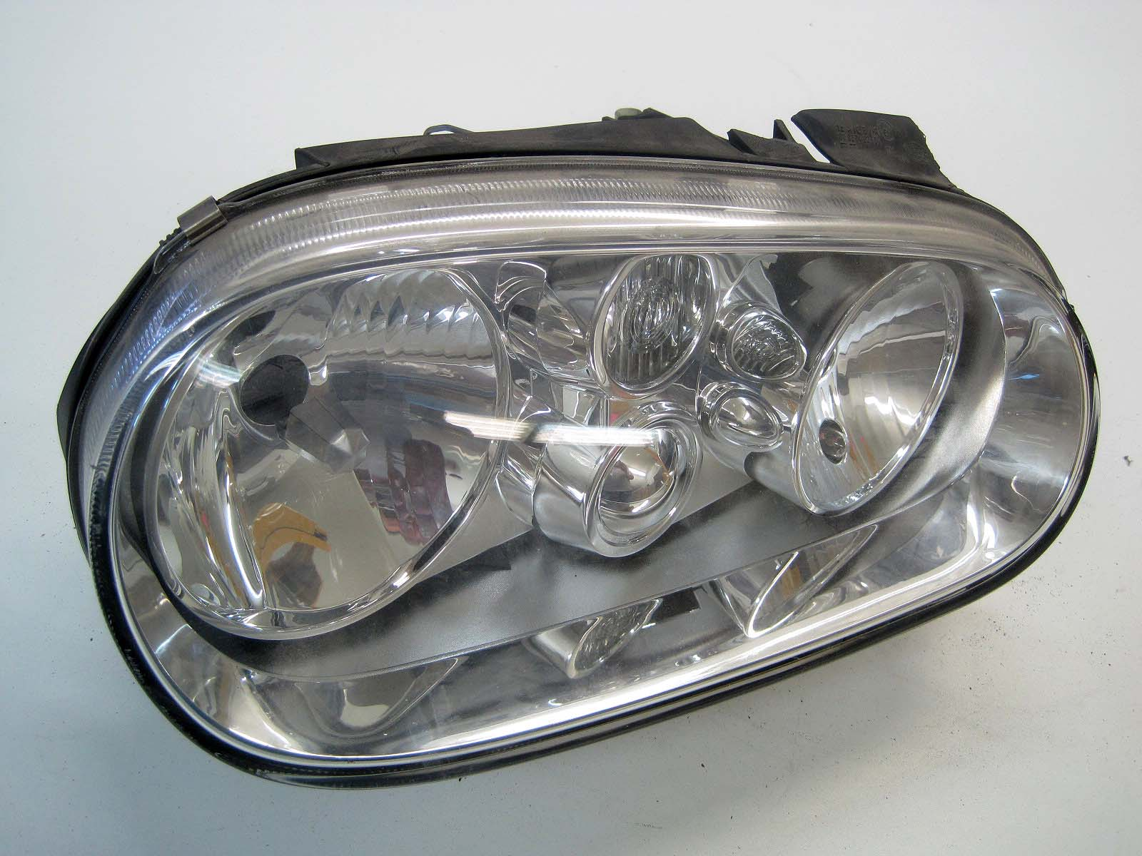 Headlight used 1J1941016F